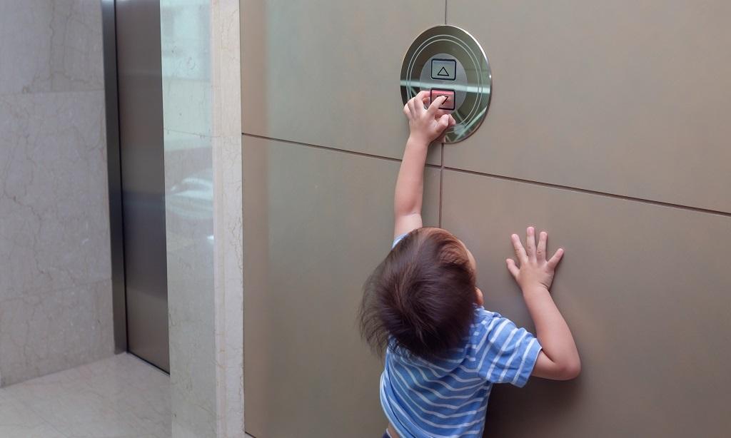 Дети и лифты правила перевозки маленьких пассажиров